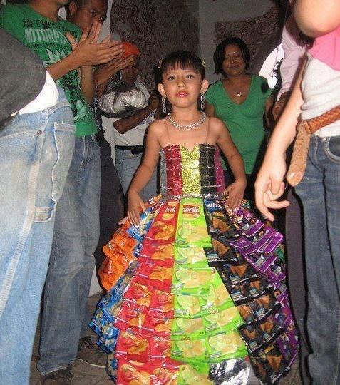 TOP 10 vestidos mu00e1s u0026quot;nacosu0026quot; para pasar de niu00f1a a mujer | SDP Noticias