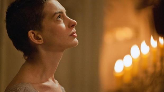 Anne Hathaway gana Mejor Actriz de Reparto por Los Miserables