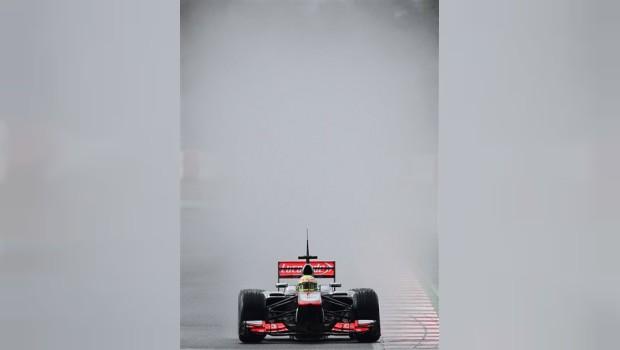 'Checo' Pérez piensa en acceder al podio en Melbourne