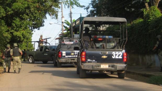 Confirma alcaldesa de Alvarado detención de 20 policías