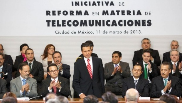 Tuitea Peña Nieto el