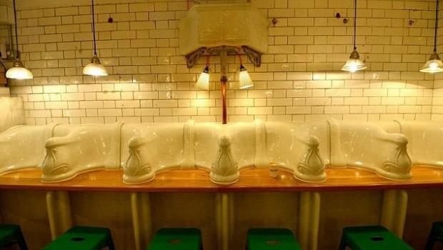 Gabinetes Para Baño En Puebla: de hombre de la época victoriana en una pintoresca cafetería gourmet