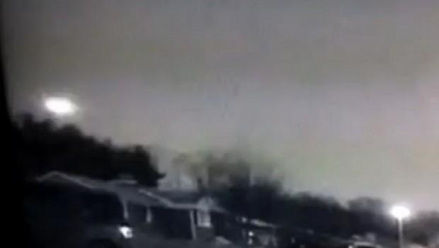 VIDEO: Avistamiento de meteorito genera alarma al noreste de EU