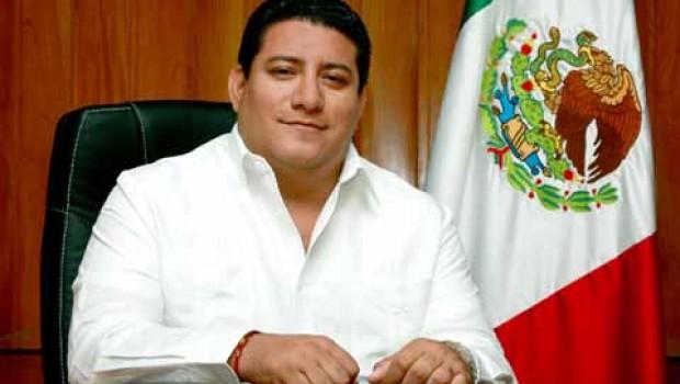 Dictan auto de formal prisión contra ex alcalde de Tapachula por amenazas y extorsión