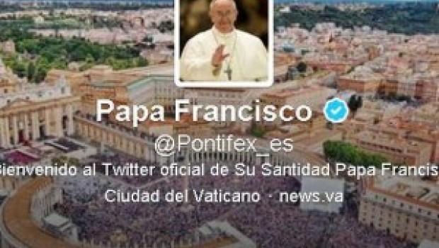 El Papa Francisco continúa