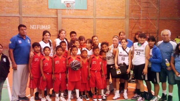 Niños triquis que compitieron descalzos ganan torneo nacional de basquetbol