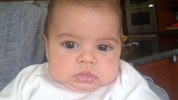 Soy una de esas mamás que no para de mostrar fotos de su bebé: Shakira