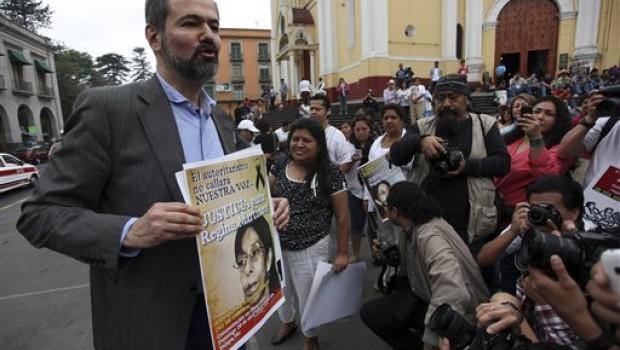 En el aniversario de Regina Martínez, periodistas exigen seguridad