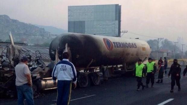 Muertos por explosión en Xalostoc, Ecatepec, suman 18