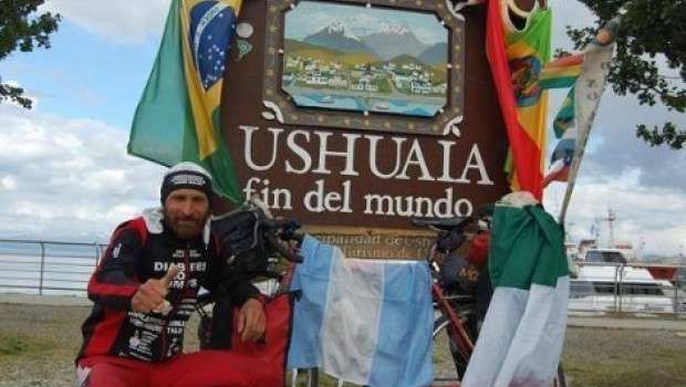 Muere atropellado en Sonora Mauro Talini, ciclista italiano que recorría el mundo