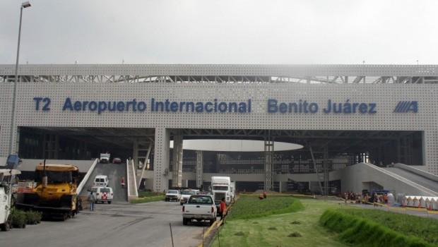 Vuelos con destino al DF son desviados por ceniza del Popocatépetl