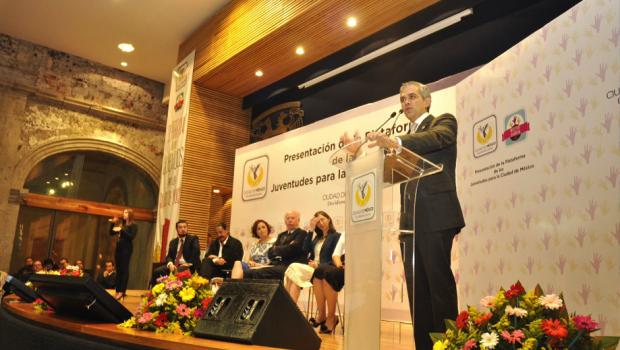 Presenta Gobierno de la Ciudad Plataforma de las Juventudes