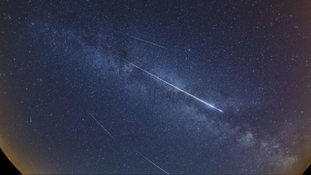 Esta noche la lluvia de estrellas Perseidas alcanzará su máximo esplendor