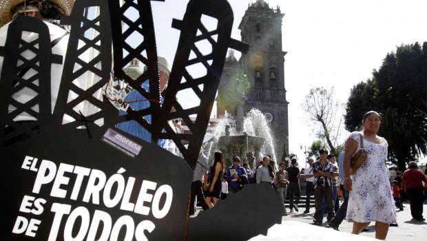 Morena se declara en alerta ante Reforma Energética de Peña Nieto
