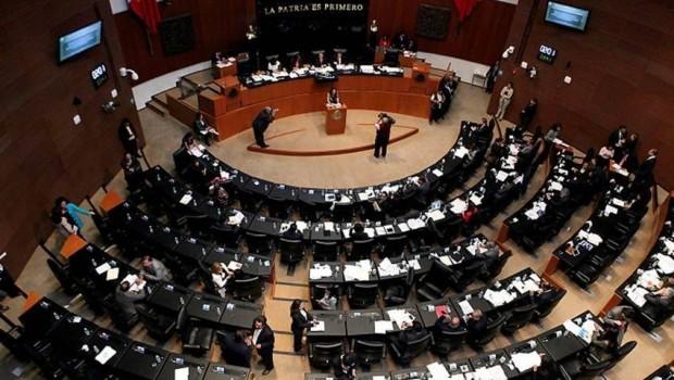 Aprueba Senado en lo general Ley de Servicio Profesional Docente