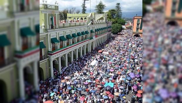 En algunos estados CNTE y SNTE marchan juntos