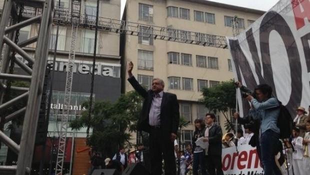 Reforma Fiscal de Peña Nieto generará recesión: López Obrador