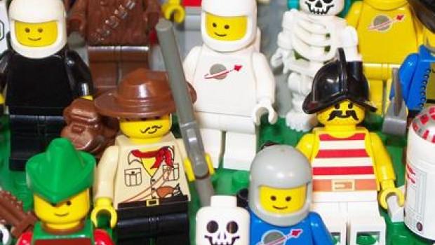 Para 2019 habrá más muñecos Lego que humanos