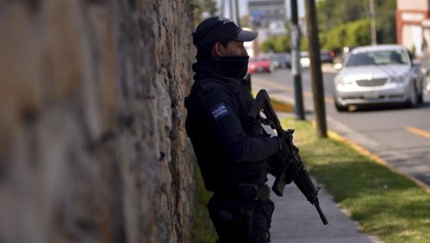 Buscan 5 mil elementos del Ejército y PF a responsables de ataques en Michoacán