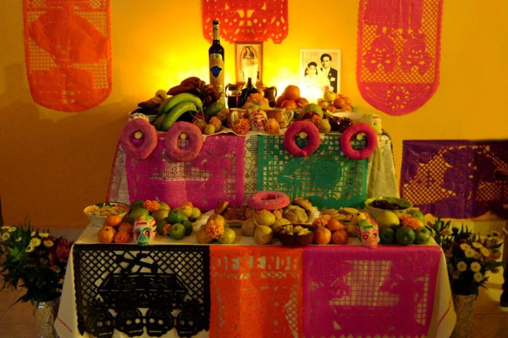 Qué lleva una ofrenda de Día de Muertos? ¿Qué significa cada ...
