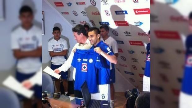 VIDEO: Primer gol de Marco Fabián con Cruz Azul