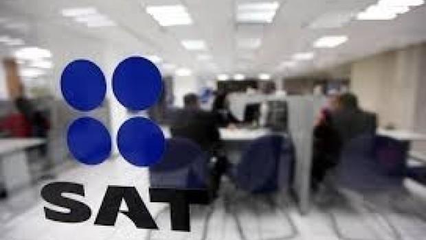 SAT viola derechos con lista de deudores: Prodecon