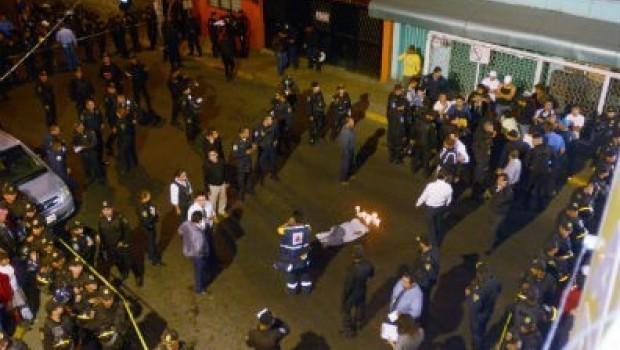 Chofer atropella a familia y mata a niño de 4 en Gustavo A. Madero; intentan lincharlo