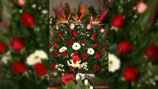 Comienza en la Central de Abasto venta especial de flores y arreglos para el 14 de febrero