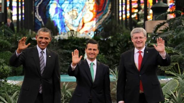 Cubrieron desnudos del Cosmovitral de Toluca por visita de Barack Obama