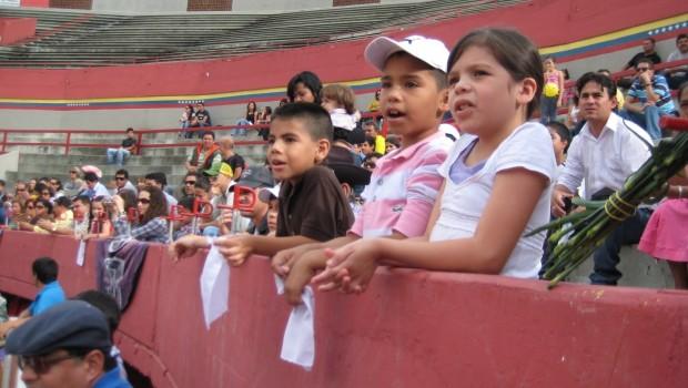 Corridas de toros dañan el desarrollo de los niños mexicanos: ONU
