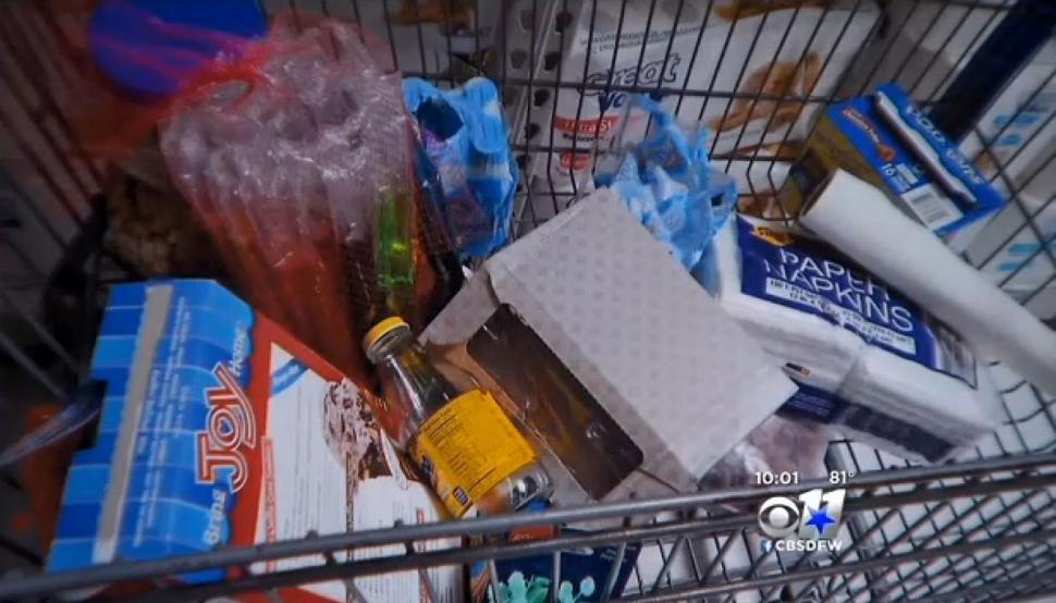 Atrapan a adolescente viviendo dentro de un Walmart | SDP Noticias