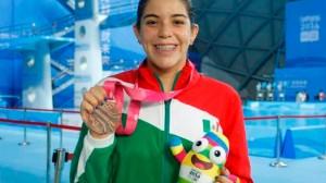 La deportista jalisciense fue la abanderada de la delegación nacional. Foto/Twitter
