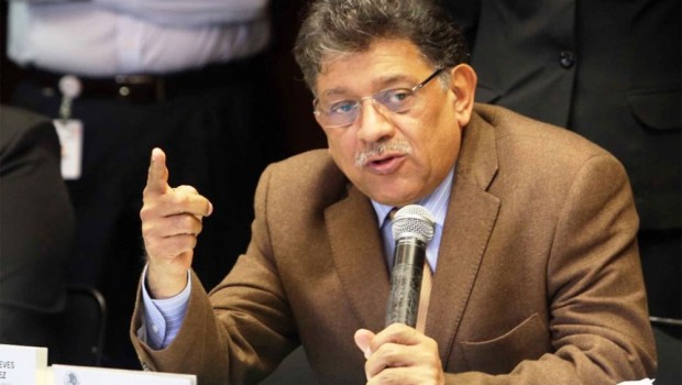 Miguel Alonso Raya es el nuevo coordinador de los diputados perredistas