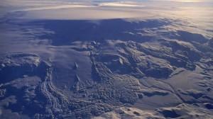 (@Bardarbunga_IS) Volcán islandés presenta deshielo de glaciar debajo del cual yace