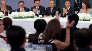 Peña Nieto externó su reconocimiento a los legisladores por su participación en la aprobación de la agenda de reformas transformadoras. Foto/Presidencia