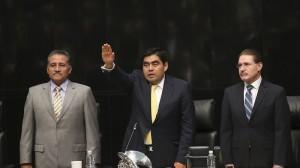 Barbosa rindió protesta como presidente de la Mesa Directiva del Senado. Foto/Cuartoscuro