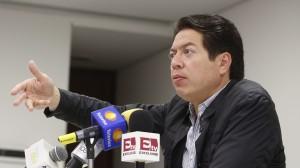 Mario Delgado aseguró que hay consenso de las bancadas del PRI, el PAN y el PRD en el Senado para concretar una Constitución para la Ciudad de México. Foto/Twitter