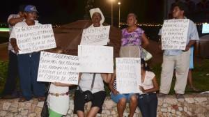 Marcha en Acapulco por el esclarecimiento de los hechos en Iguala y la búsqueda de los estudiantes desaparecidos. Foto: Cuartoscuro.