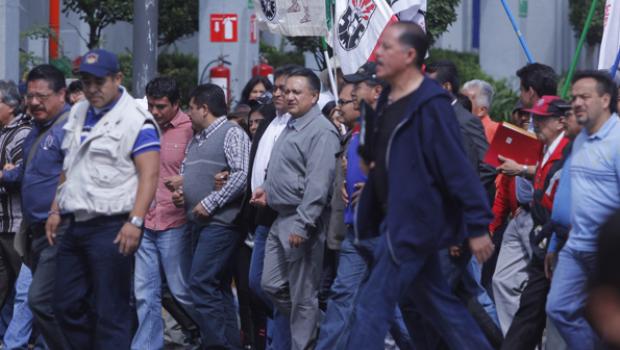 Trabajadores que rechazaron liquidación de Luz y Fuerza serán recontratados: Esparza