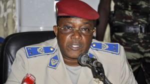 (Ahmed Ouoba/AFP) Honoré Traoré asume como jefe de Estado en Burkina Faso