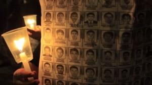 (Moisés Pablo/Cuartoscuro) Marcha nocturna en la Ciudad de México en solidaridad con Ayotzinapa por 43 estudiantes desaparecidos