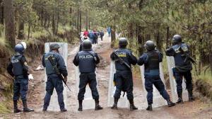Policías en el Ajusco. Inseguridad ahuyenta a los turistas. Foto/Especial