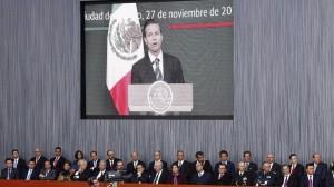 Secretarios y miembros del gabinete federal durante el mensaje del presidente Enrique Peña Nieto Por Un México en Paz, con Justicia, Unidad y Desarrollo que se realizó en Palacio Nacional.