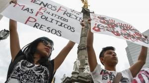 Estudiantes y organizaciones sociales demandan la liberación de los 11 detenidos el pasado 20 de noviembre.