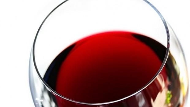 7 beneficios del vino tinto que posiblemente no conocías