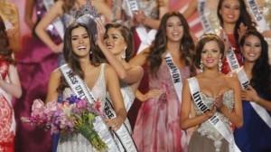 Paulina Vega se coronó Miss Universo este domingo.