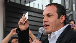 Cuauhtémoc Blanco durante su registro como aspirante para candidato a la alcaldía de Cuernavaca para los comicios del 7 de junio por el Partido Social Demócrata (PSD). Foto: Patricia Morales/Cuartoscuro