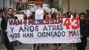 La manifestación que salió ayer de 4 puntos de las Ciudad de México hacia el Zócalo. Foto: Rubén Espinosa/Cuartoscuro