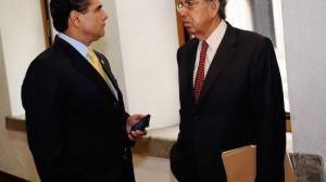 Silvano Aureoles y Cuauhtémoc Cárdenas. Pesa para la militancia del PRD la renuncia de su líder moral. Foto/Cuartoscuro (Archivo)