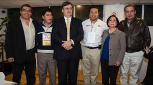 Miembros del PRD en la Asamblea Nacional de Foro Nuevo Sol. Foto/PRD